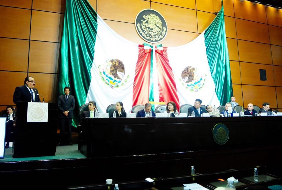 Propone Ramírez Marín reducir número de Diputados y Senadores