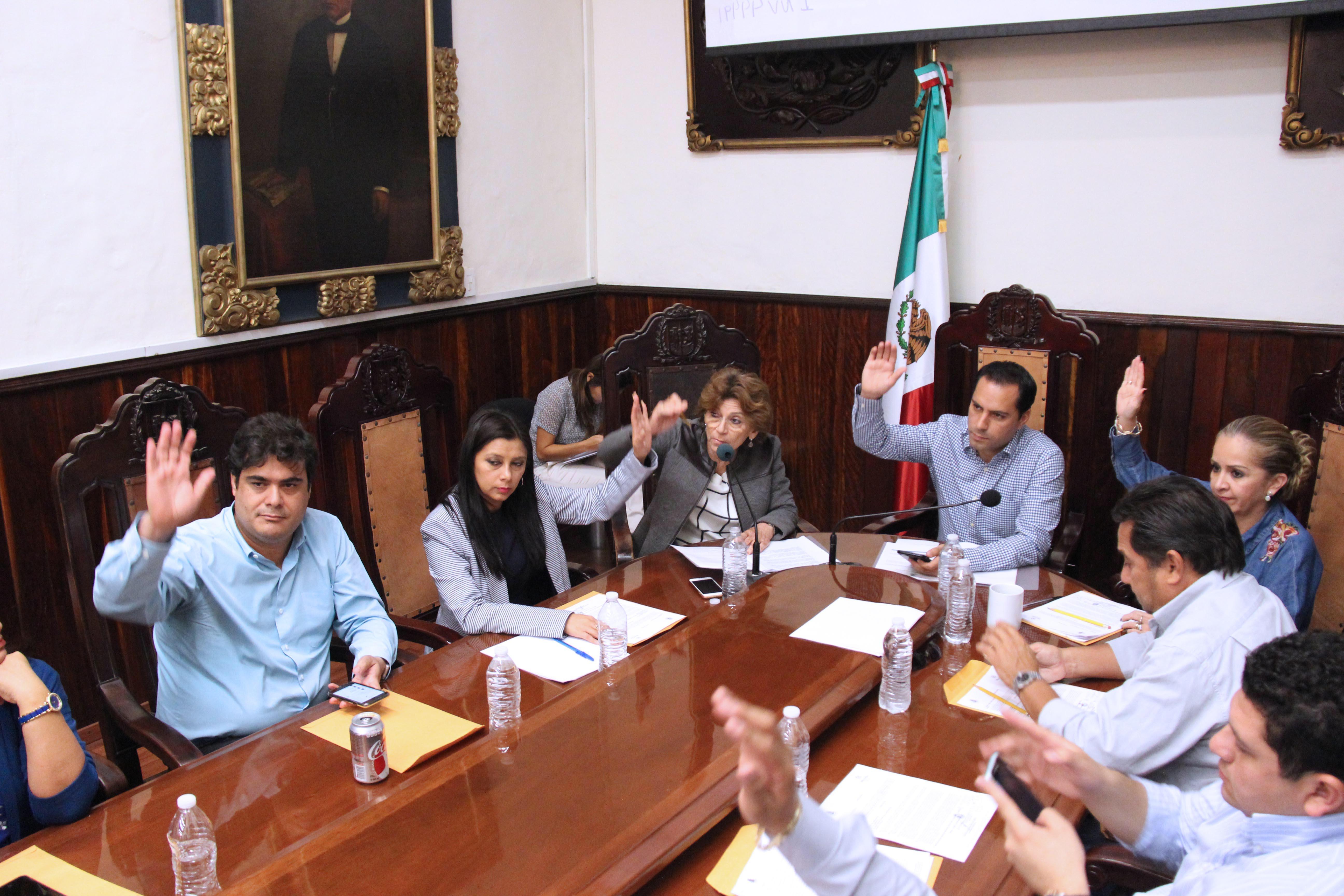 Aprueban reformas a 27 reglamentos municipales