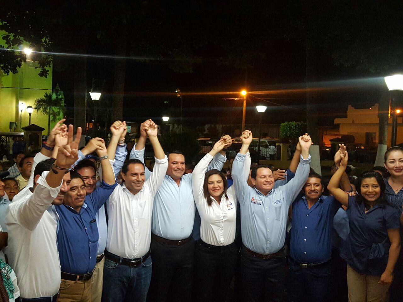 Panistas yucatecos hacen bloque contra gasolinazo