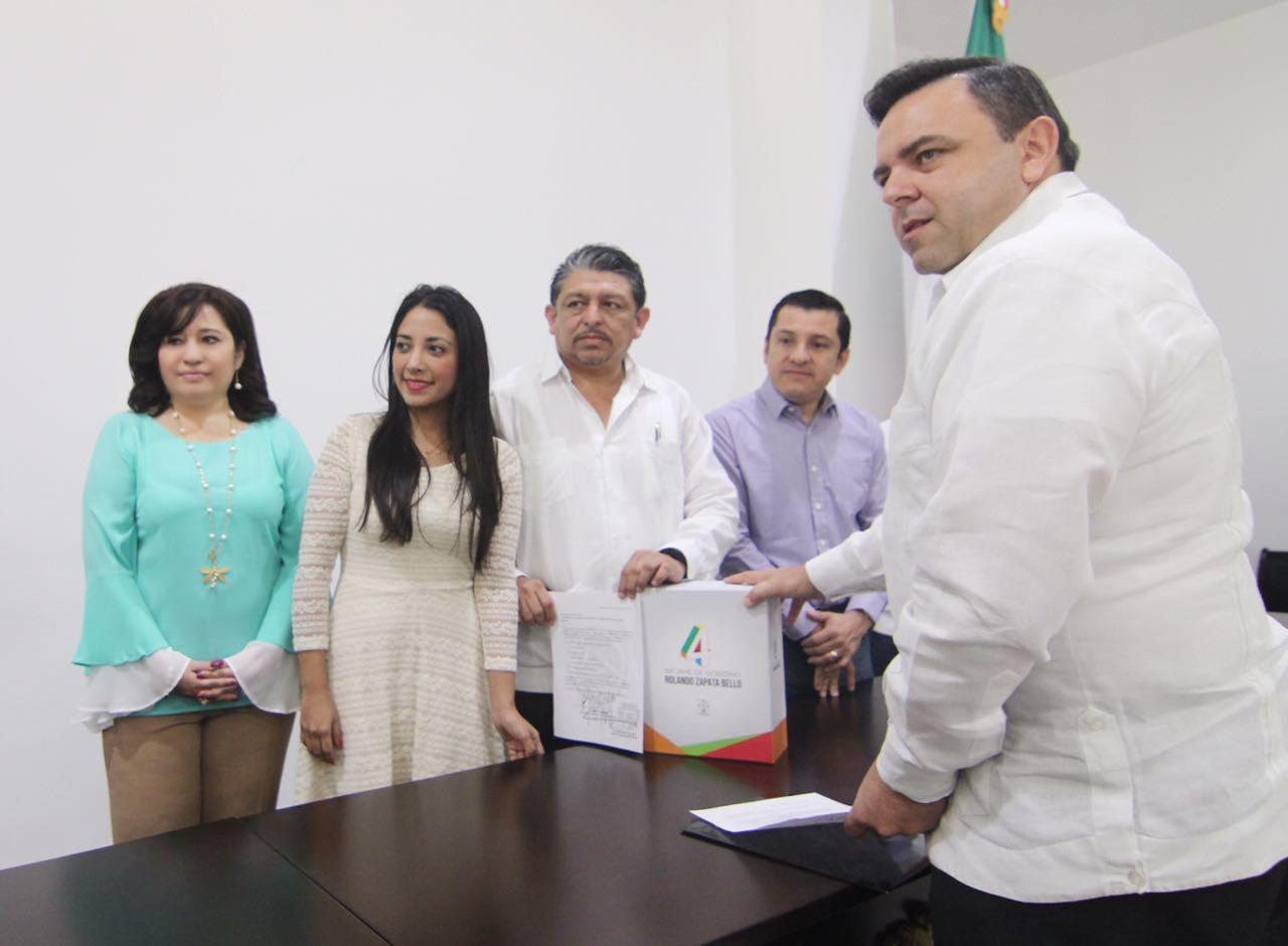 Recibe Congreso IV Informe de Gobierno de Yucatán