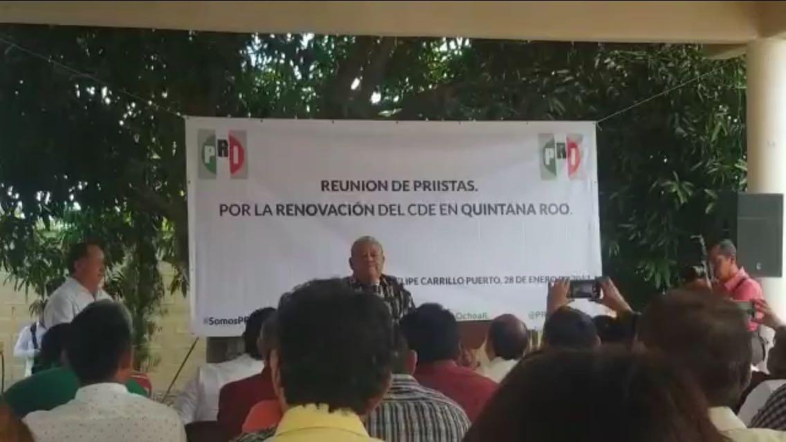 """""""En rebeldía"""", priistas de QRoo exigen renovación"""