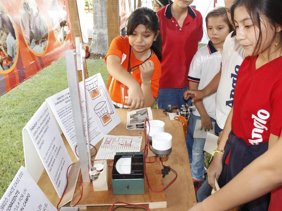 'Semillero de ciencia' retoma programa en 10 sedes del país