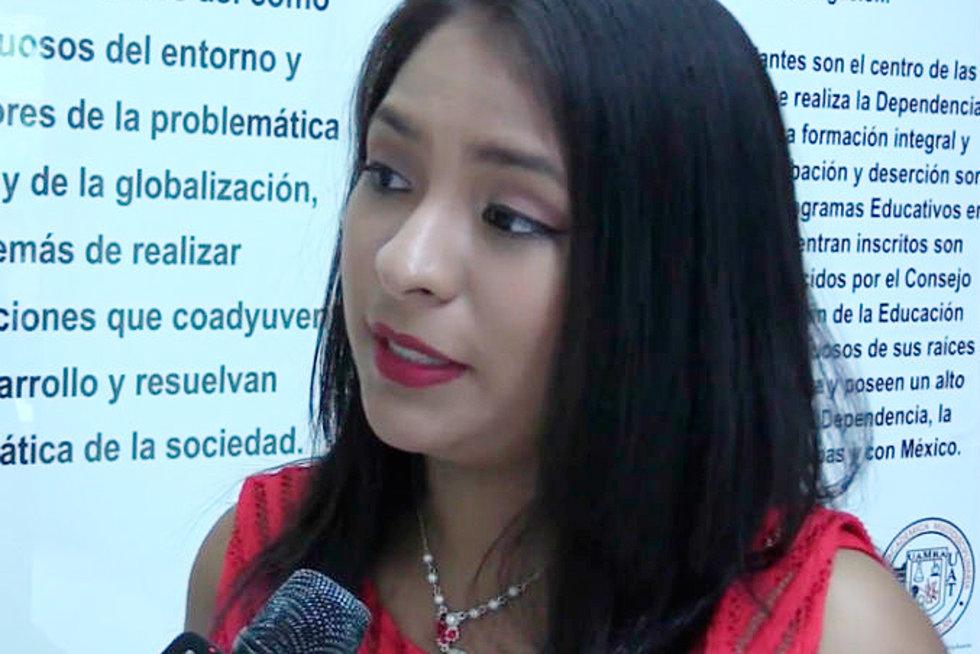 Joven mexicana con cáncer crea shampoo para recuperar cabello
