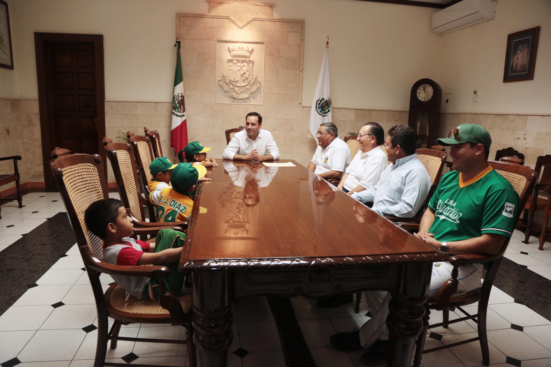 Apoyo a Liga Infantil y Juvenil de Béisbol Yucatán