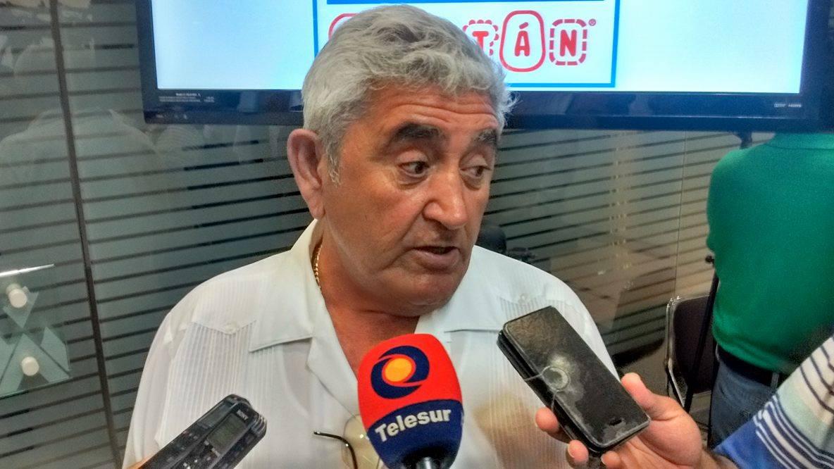 """Reprocha alcalde Progreso """"más compromisos sin dinero"""""""
