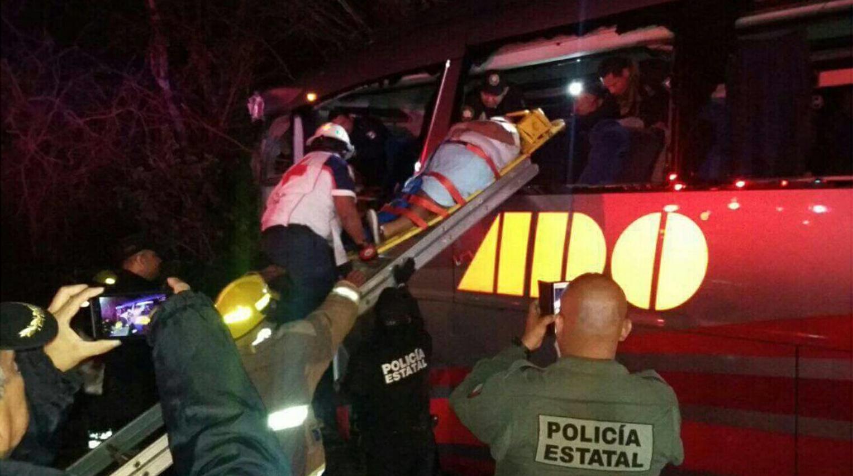 Suman 24 lesionados en autopista Mérida-Cancún