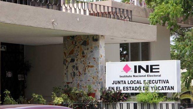 Faltan 15 mil electores en Mérida por actualizar credencial