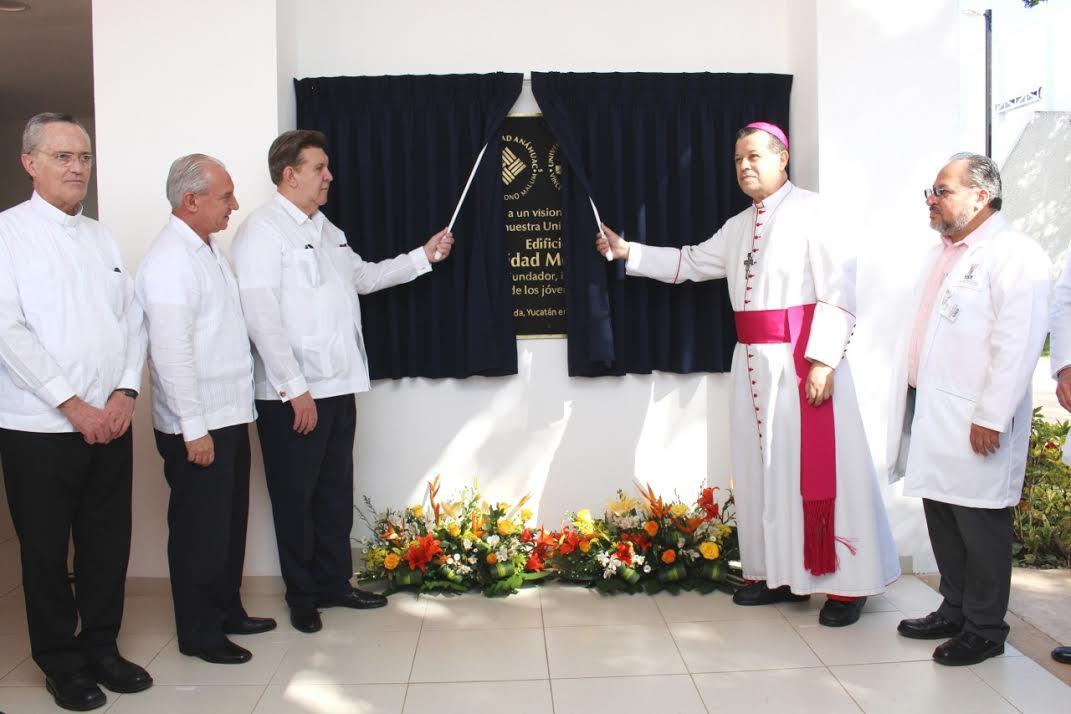 Universidad Anáhuac Mayab refuerza área de Salud
