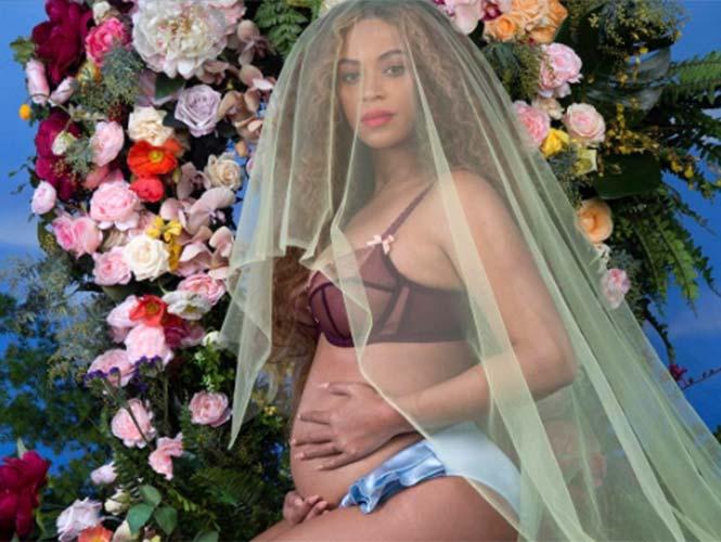 Beyoncé anuncia que está embaraza de gemelos