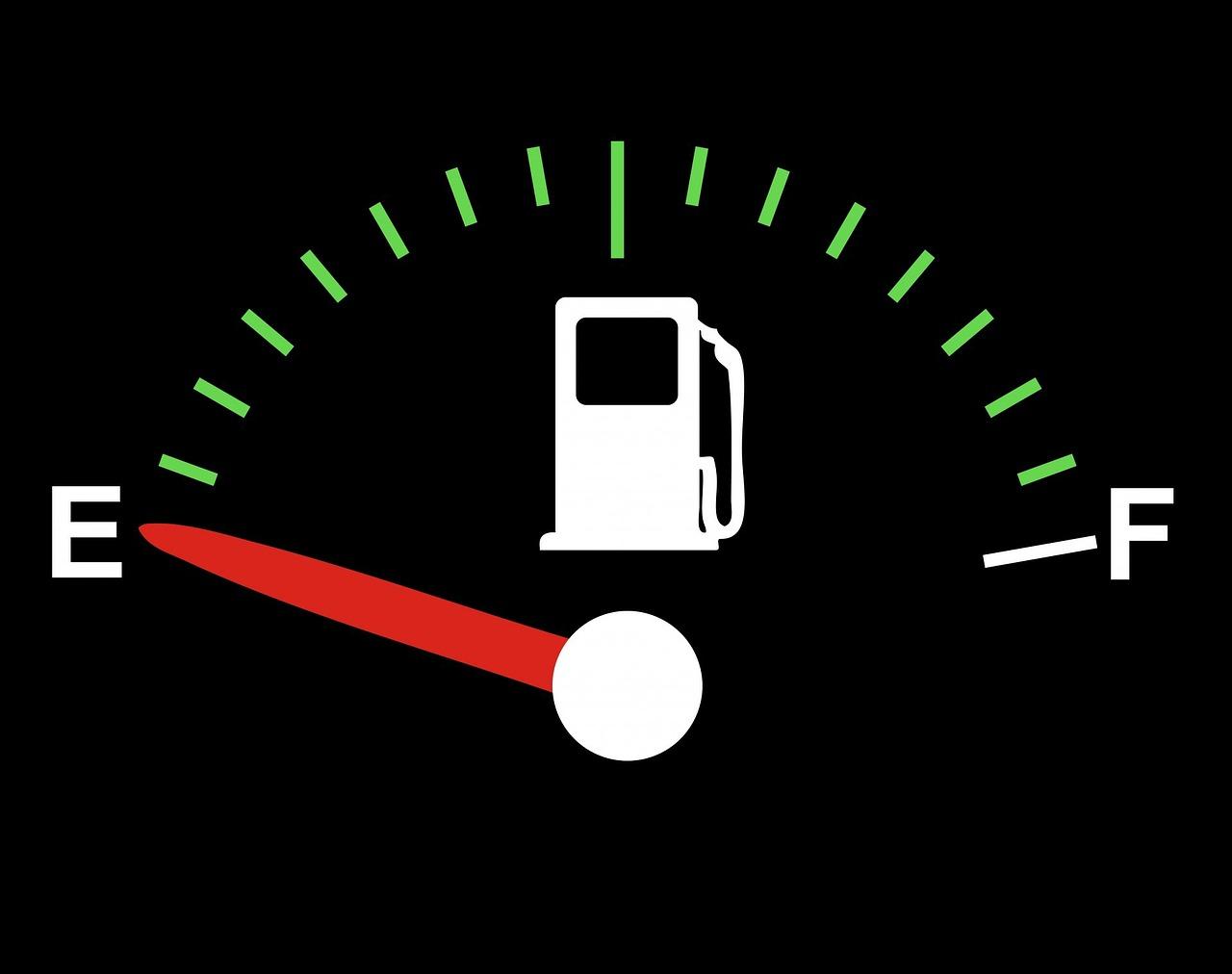 En abril, cambiará cada hora precio de gasolinas: CRE
