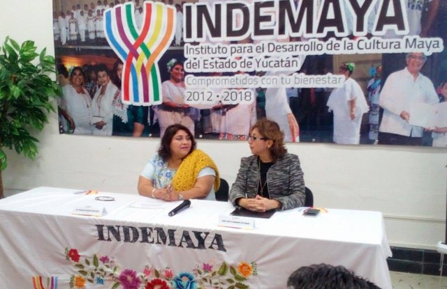 Firman convenio TEEY e Indemaya