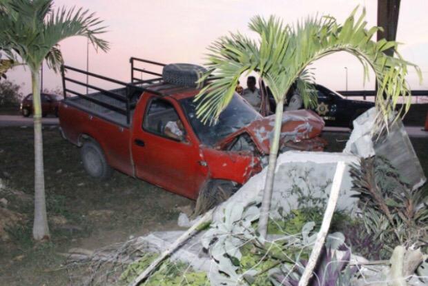 Dos lesionados por conducir en estado de ebriedad