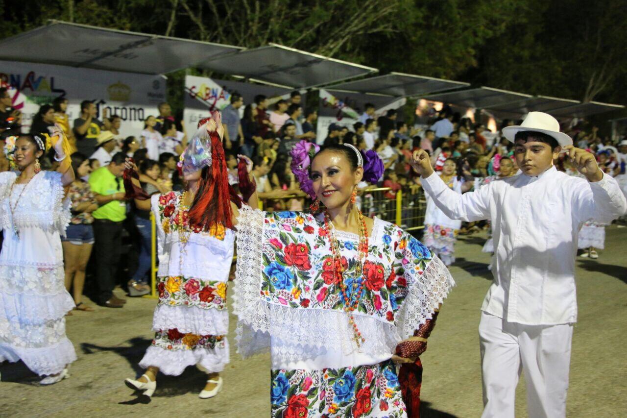 Lunes Regional, tradición yucateca en Plaza Carnaval