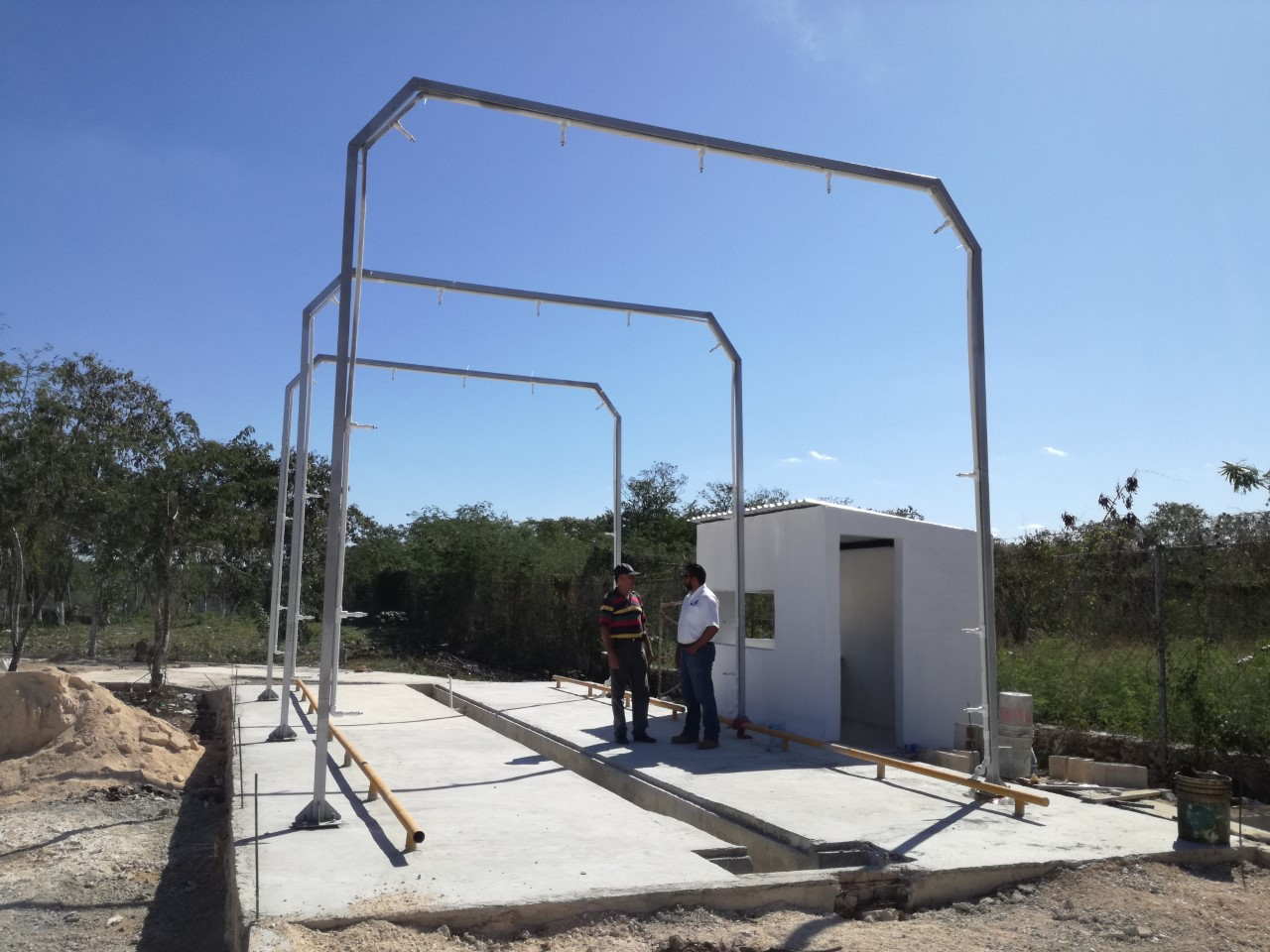 Modernizan empresa recolectora de basura en Mérida