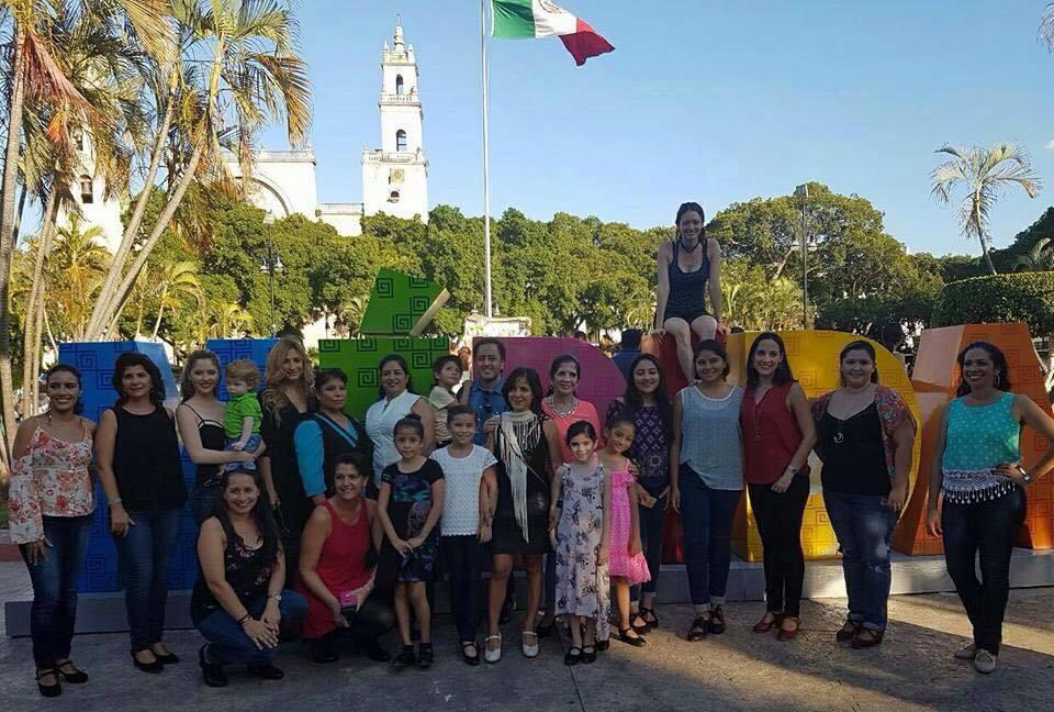 Flashmob de arte flamenco en la Plaza Grande