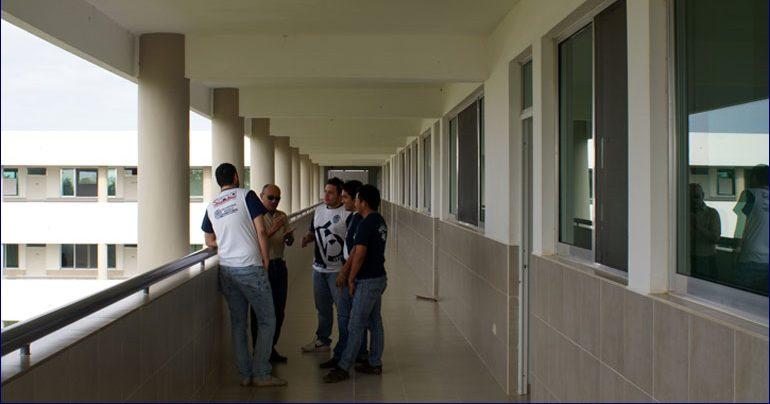 'Complicado' panorama para universitarios repatriados
