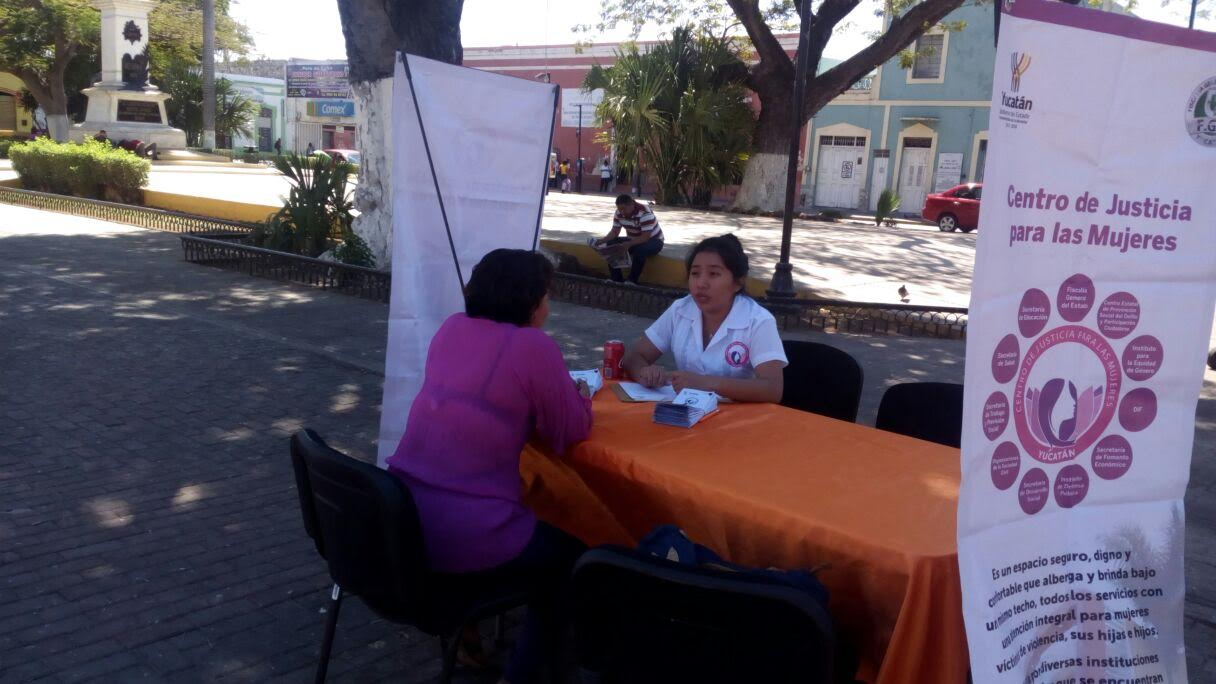 A plazaspúblicas información deCentro Justicia para Mujeres