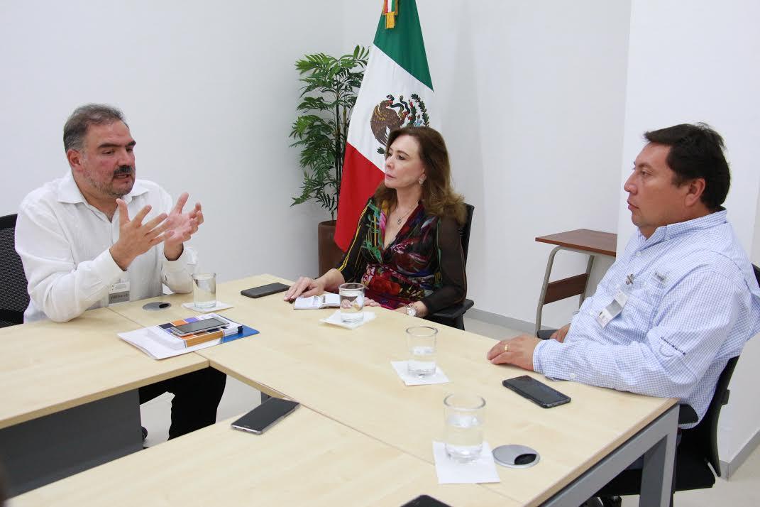 Prepara Zavala Peniche iniciativa de Ley de Desarrollo Municipal