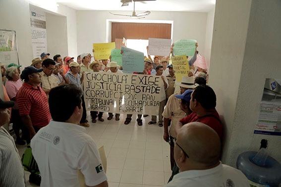 Protesta por anomalías en ejido de Chocholá