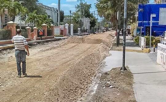 Ciudadanos testimonian sobre obras de vialidad en Mérida