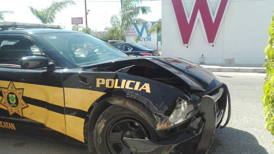 Lesionada joven por accidente con patrulla