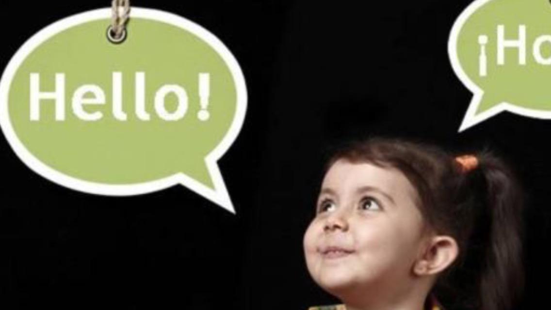 Dominar varios idiomas ayuda a retardar padecimiento de Alzheimer