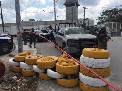 Deja un muerto y cuatro lesionados riña en penal de Cancún