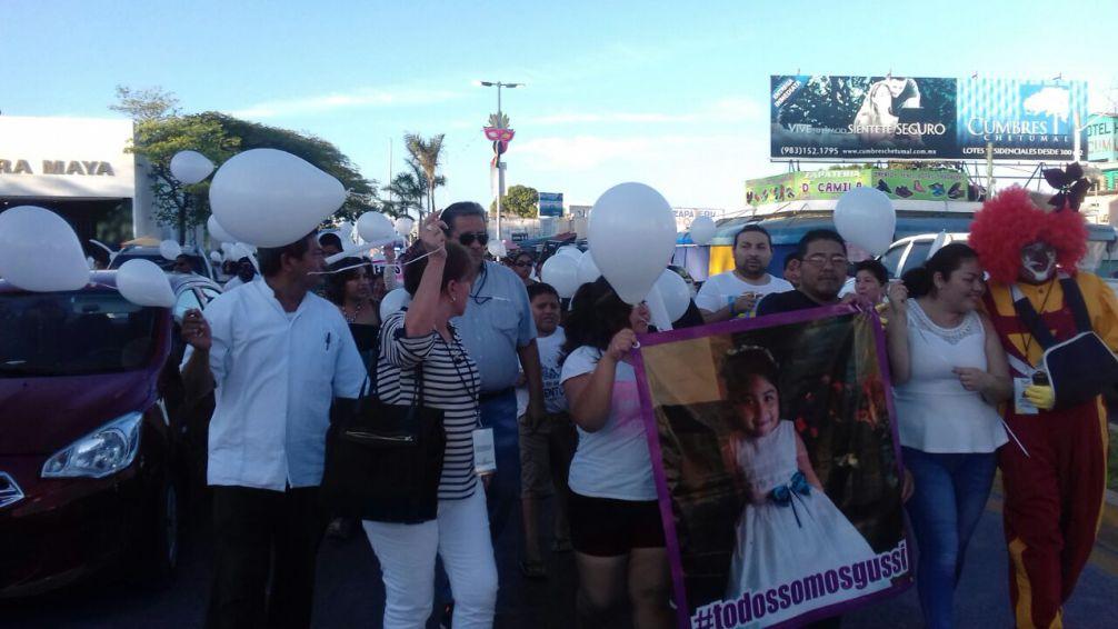 Protestan en Chetumal por muerte de niña en el IMSS