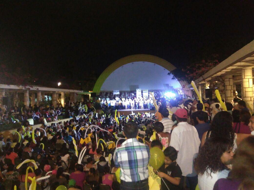 Con mitin cierra afiliación PRD-Yucatán