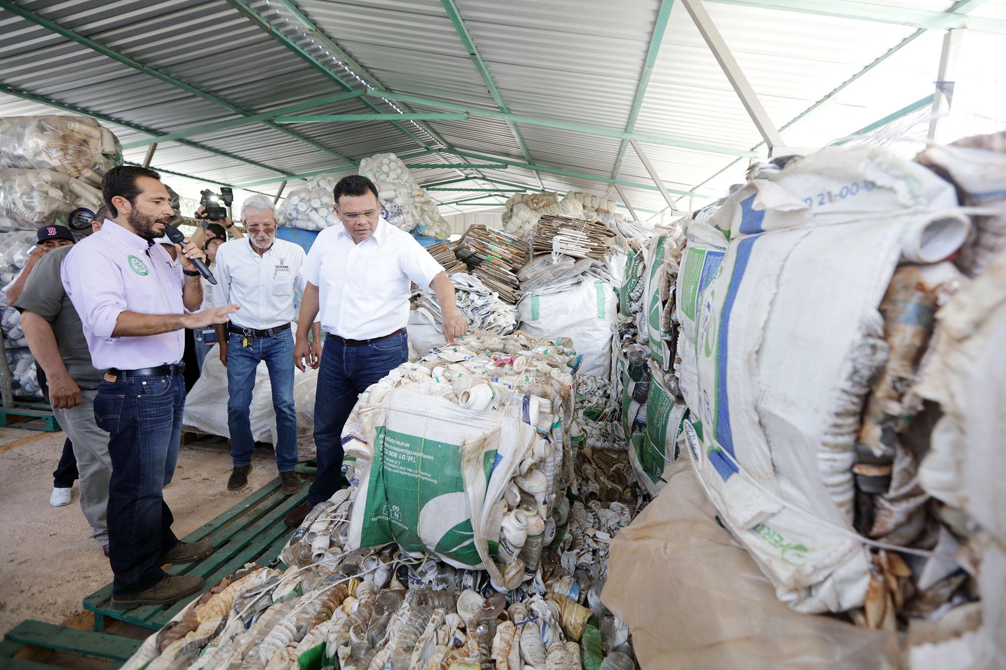 Vigilan acopio de contenedores agroquímicos