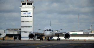 aeropuerto_merida_avion