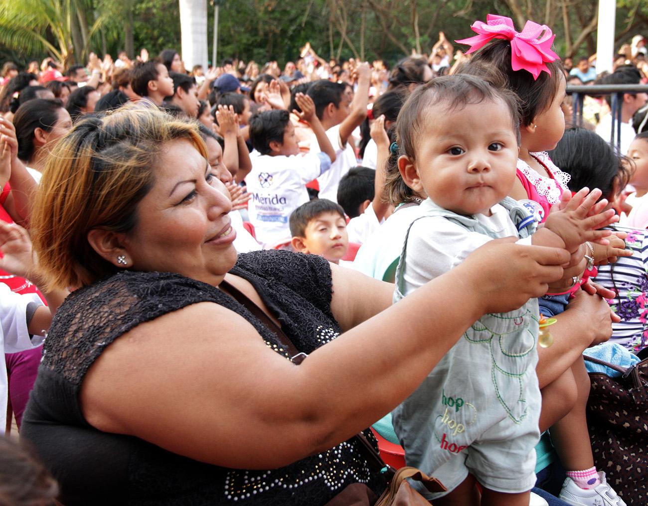 Ayuntamiento de Mérida festeja a niños con variadas actividades