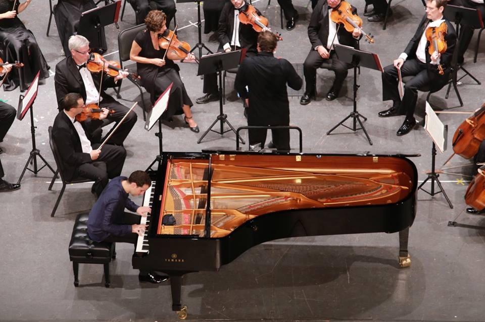 Obras de Mozart y Villalobos en noche de OSY