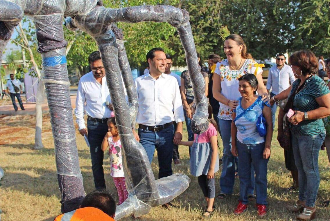 Supervisa Mauricio Vila rehabilitación de parque en colonia El Roble Agrícola