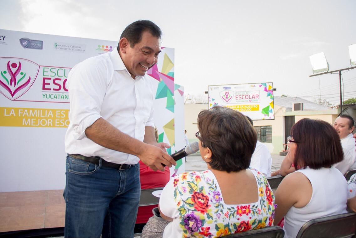 Llega Escudo Escolar a 23 municipios yucatecos