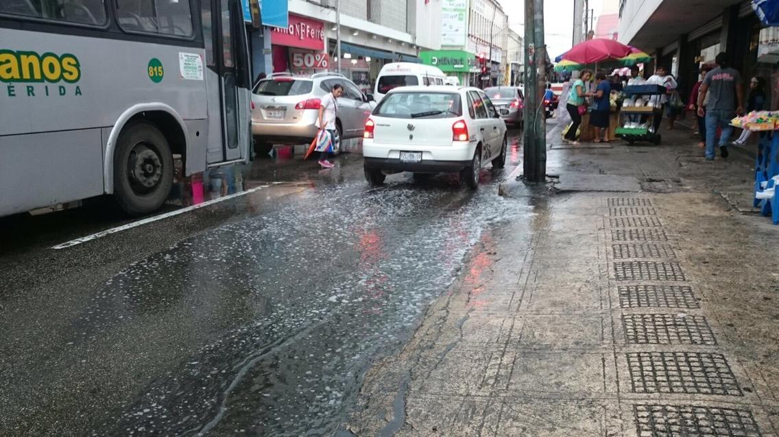 Más lluvias refrescan plancha de concreto urbano