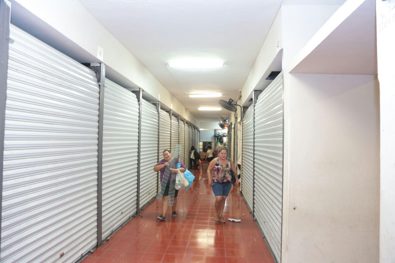 Defiende Vila cierre de Centro Comercial Popular