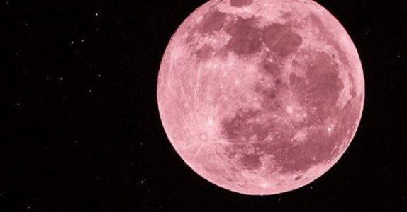 Tres consejos de un astrónomo para ver hoy la luna rosa