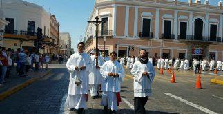 marcha_sacerdotes2