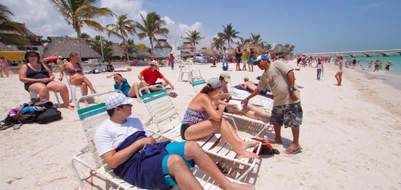 Insuficientes servicios turísticos limitan a Progreso