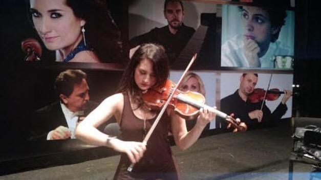 Pese a doble fractura, violinista cumplirá concierto en OSY