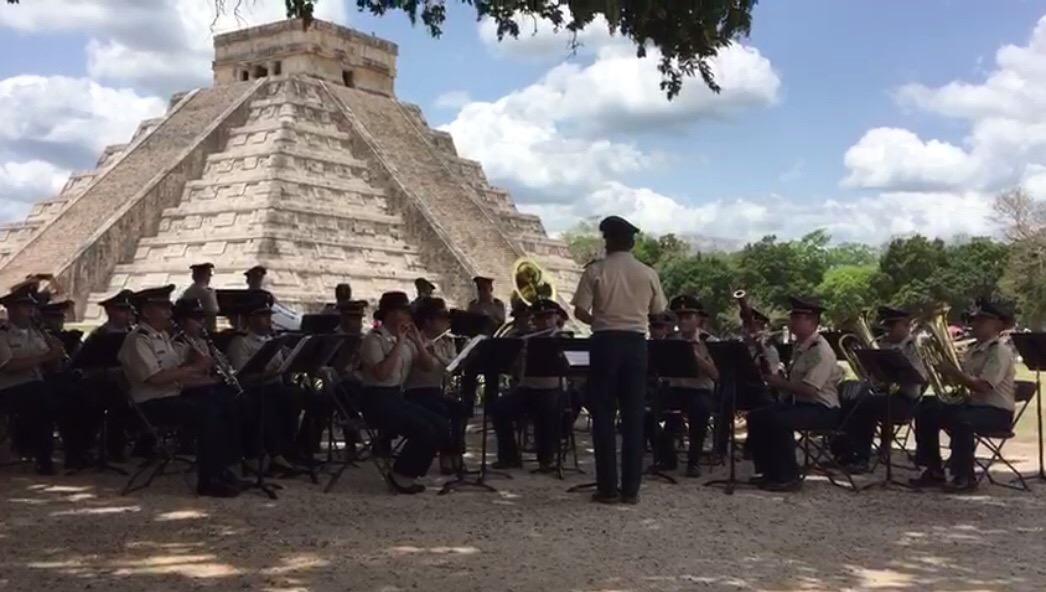 Luce en Chichén Itzá el lado artístico de la Sedena