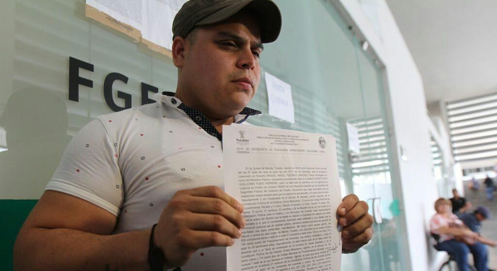 Reviran denuncias contra Pérez Ballote
