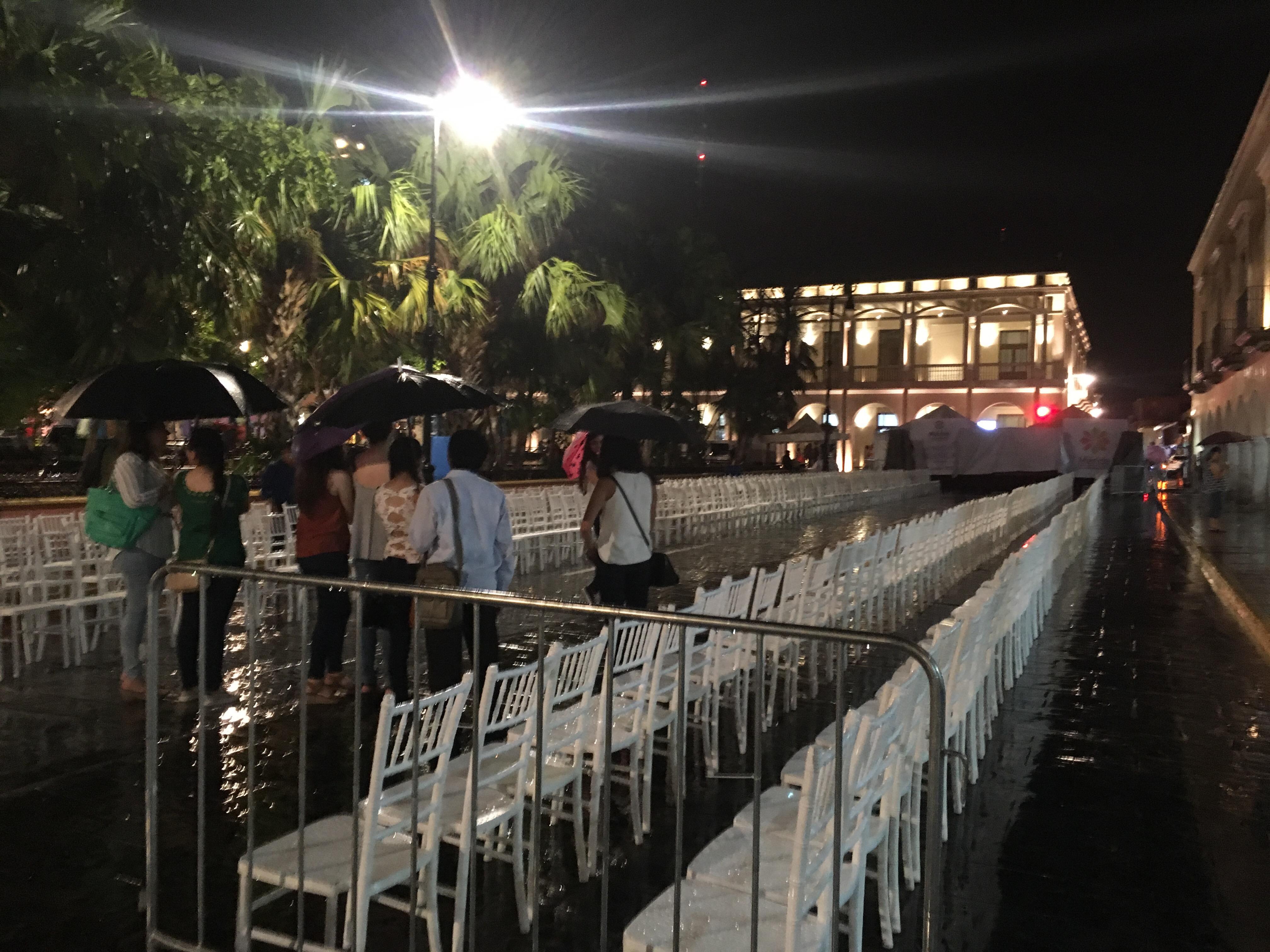 Noche Blanca, bajo lluvia, obliga a suspender conciertos