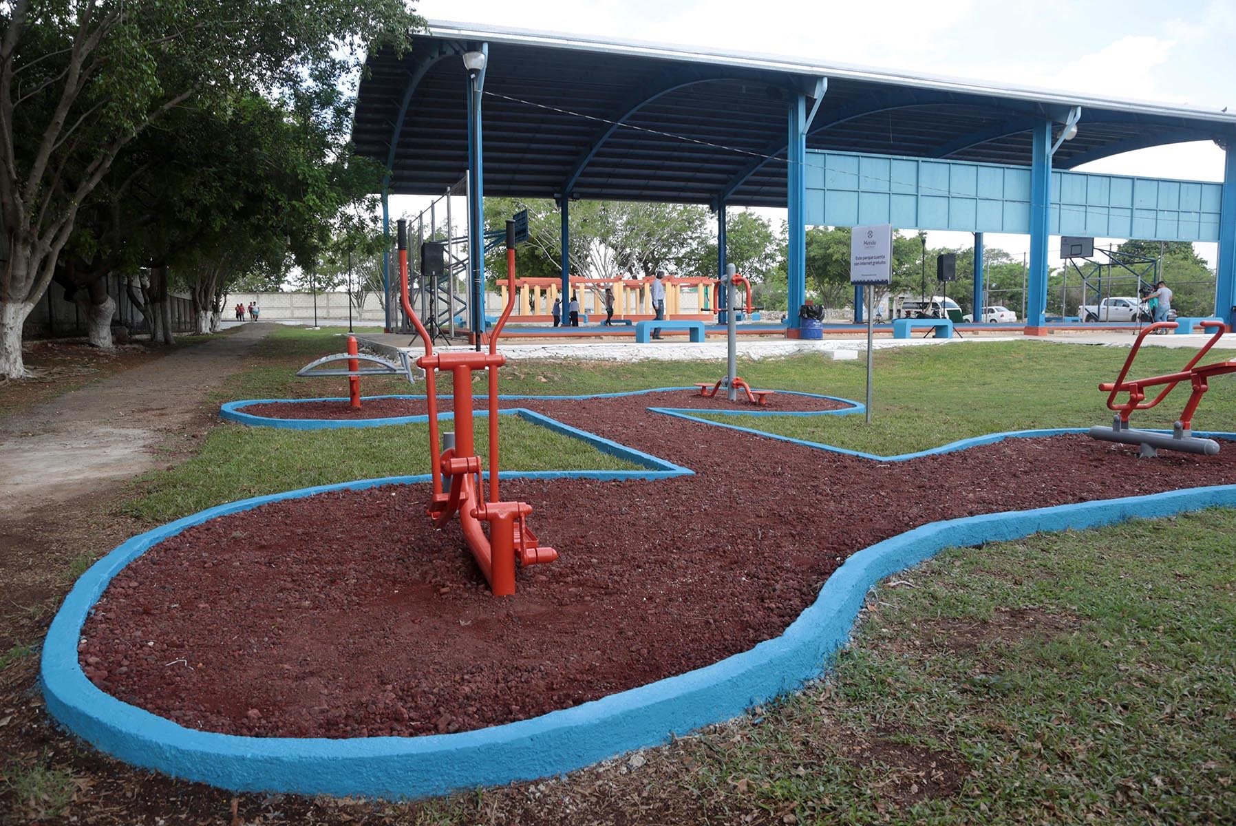Casi 90 parques de Mérida contarán con ejercitadores