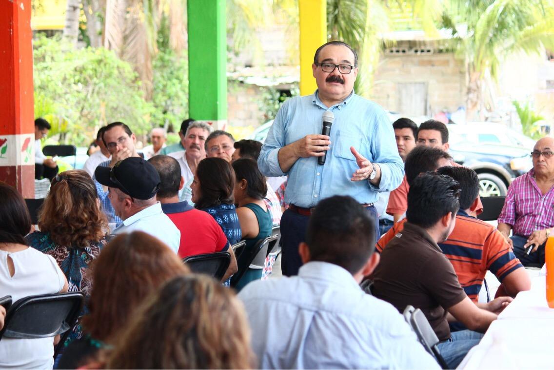 Mujeres son el 50% de la fuerza laboral de Yucatán.- Ramírez Marín