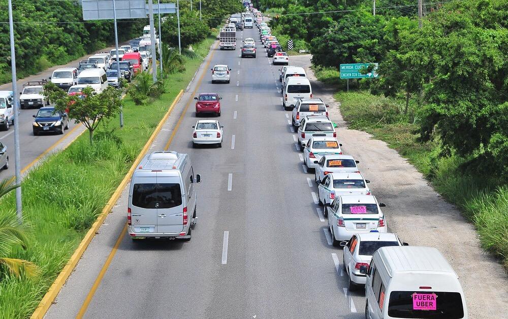 Meterán taxistas mayor presión contra Uber y similares