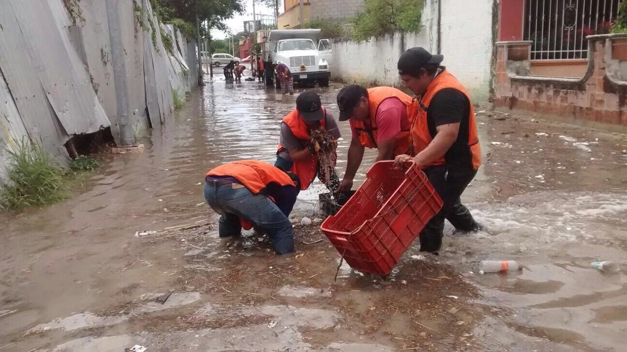 Tres lesionados por lluvias en Campeche