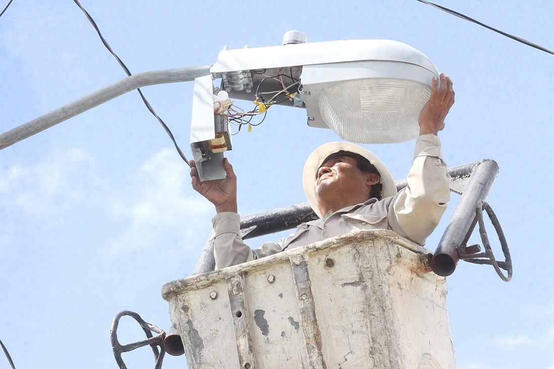 Caso de luminarias, muestra de grave daño por corrupción