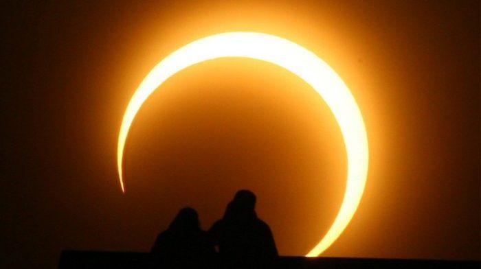 Foto Eclipse parcial de sol